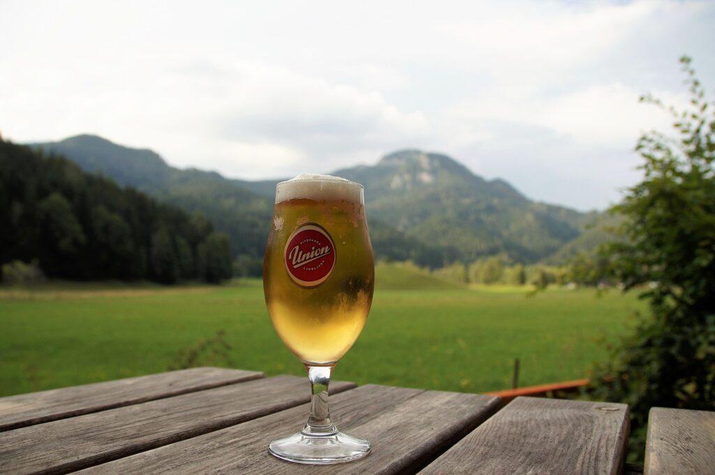 外のビール