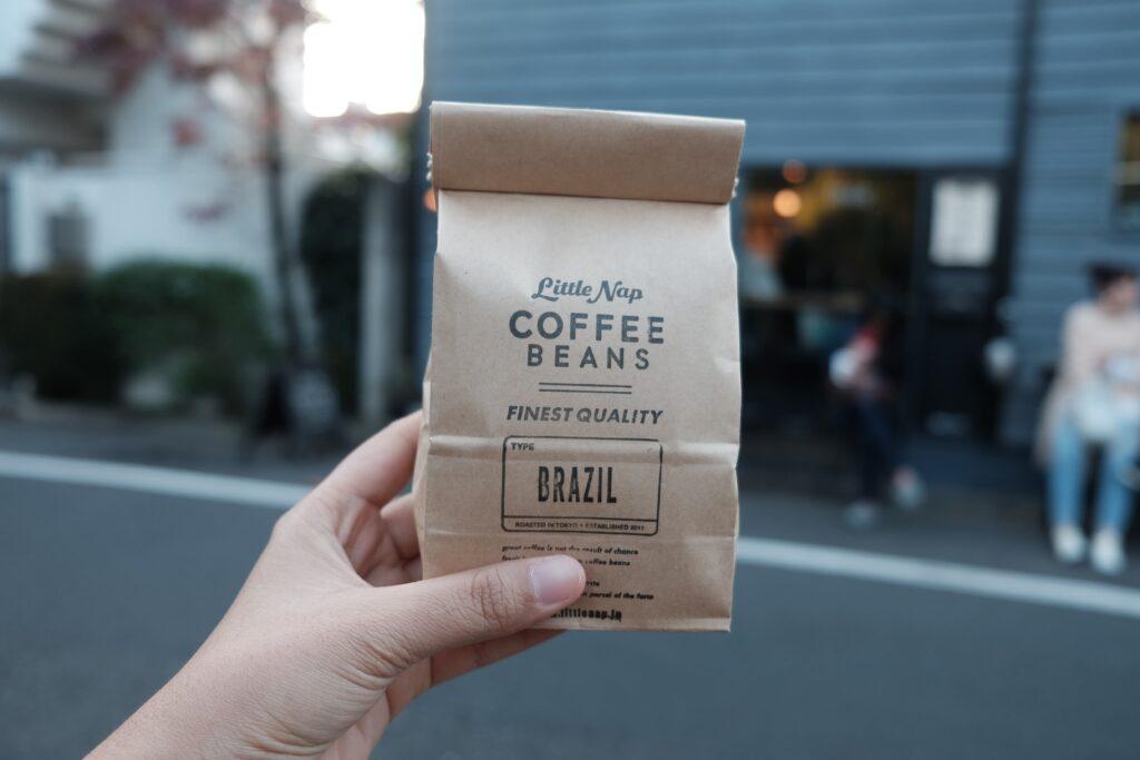 コーヒー豆が入っているパック