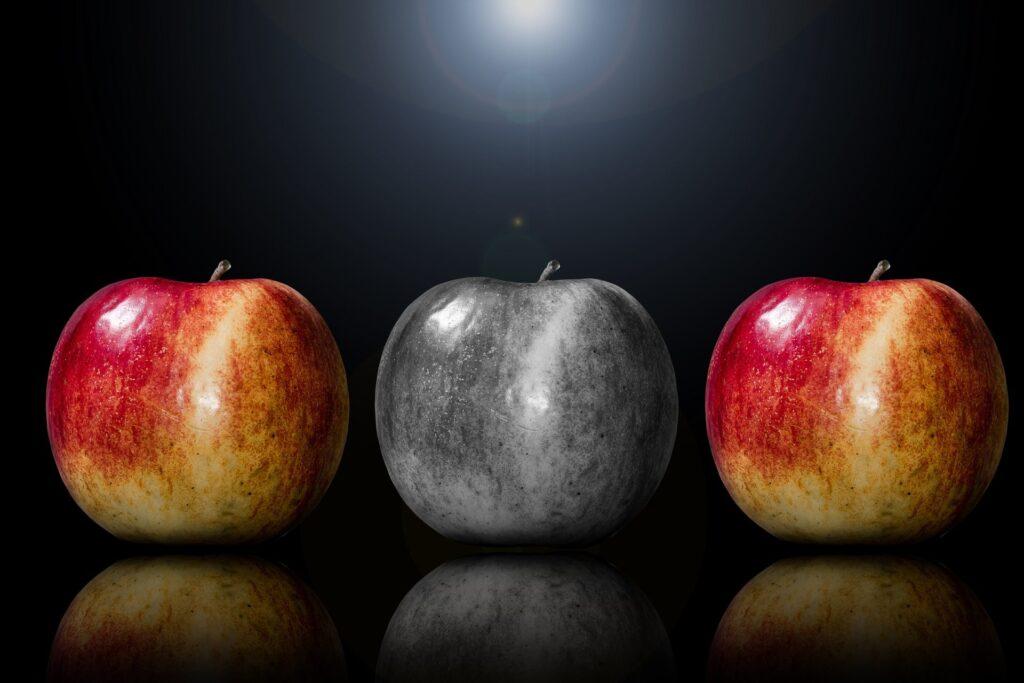 3つのリンゴ